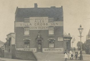 The Villa Cross Inn at the junction of Villa Road and Heathfield Road. | Courtesy of Birmingham Archives and Collections, reference wk-h5-133