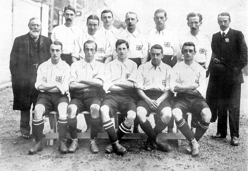 The 1908 GB Olympic Football Team. Horace Bailey is on the back row, fifth from left. | Image originally uploaded to Wikipedia