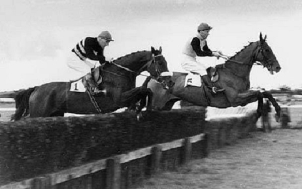 Derek Ancil riding Knucklecracker | Image courtesy of National Heritage Centre for Horseracing & Sporting Art