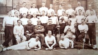 Early 20th c, Army fencers from 4th Battalion Worcester Regiment   Courtesy of the National Fencing Museum