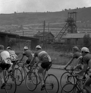 Road Race in the Cynon Valley. Late 1960's | Ron Good (Courtesy of Stuart Stanton)
